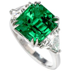 Certified GIA Colombian Emerald Diamond Platinum Three-Stone Ring