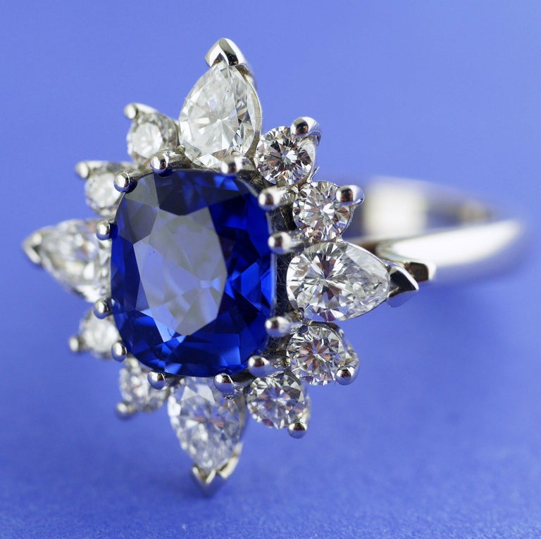 Certified Natural 3.75 Carat Sapphire Diamond Platinum Ring, circa 1960 In Excellent Condition For Sale In London, GB