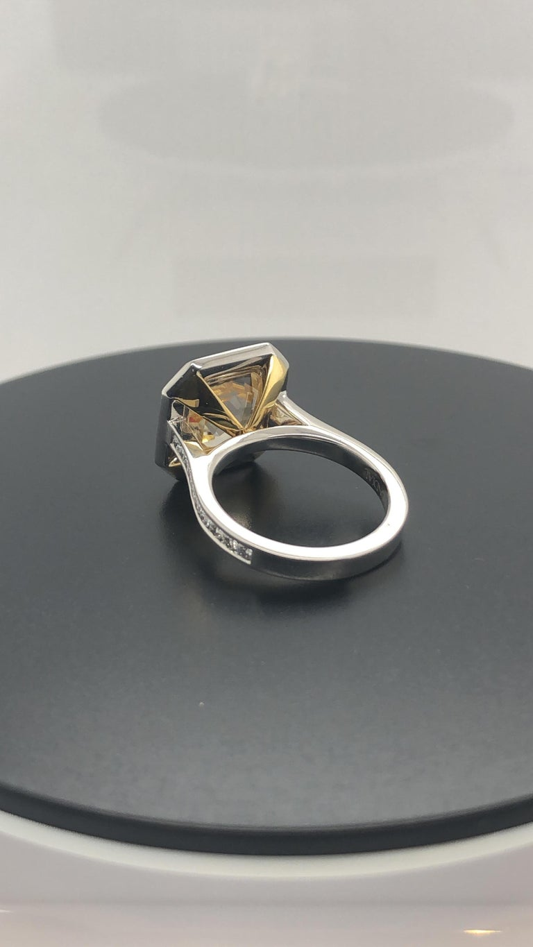 Certified Natural 7.36 Carat, Asscher Cut Yellow Sapphire and Diamond Dress Ring In New Condition In Sydney, NSW