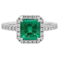 HYT Certified Natural Colombian Emerald and White Diamond Ring in Platinum