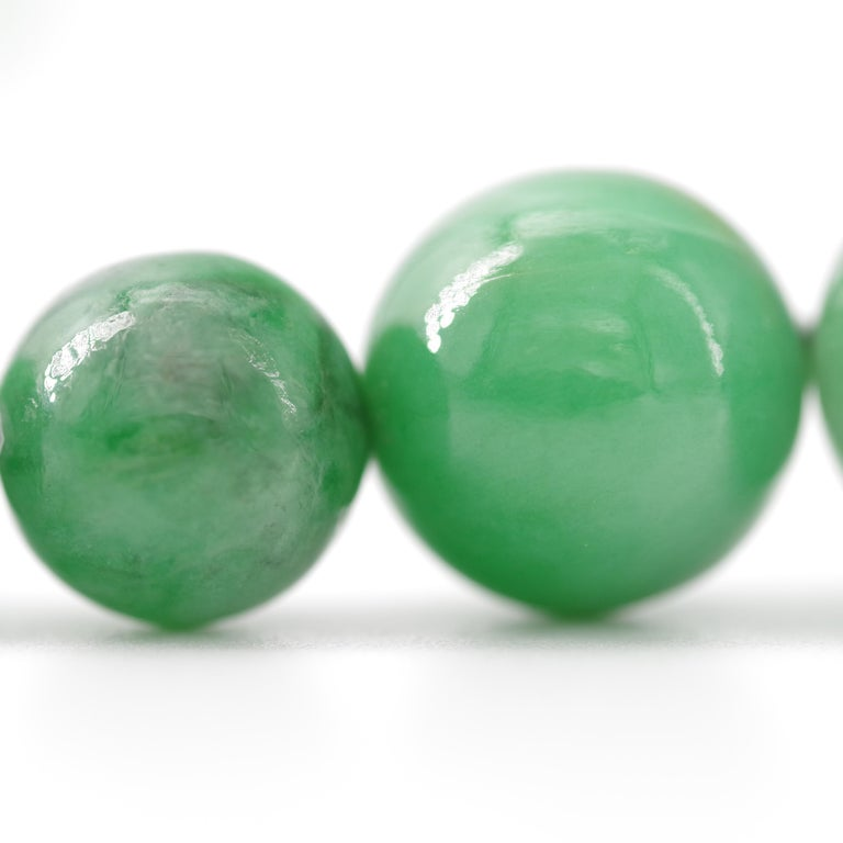 Certified Untreated Jade Necklace in Vivid Translucent Green For Sale 7