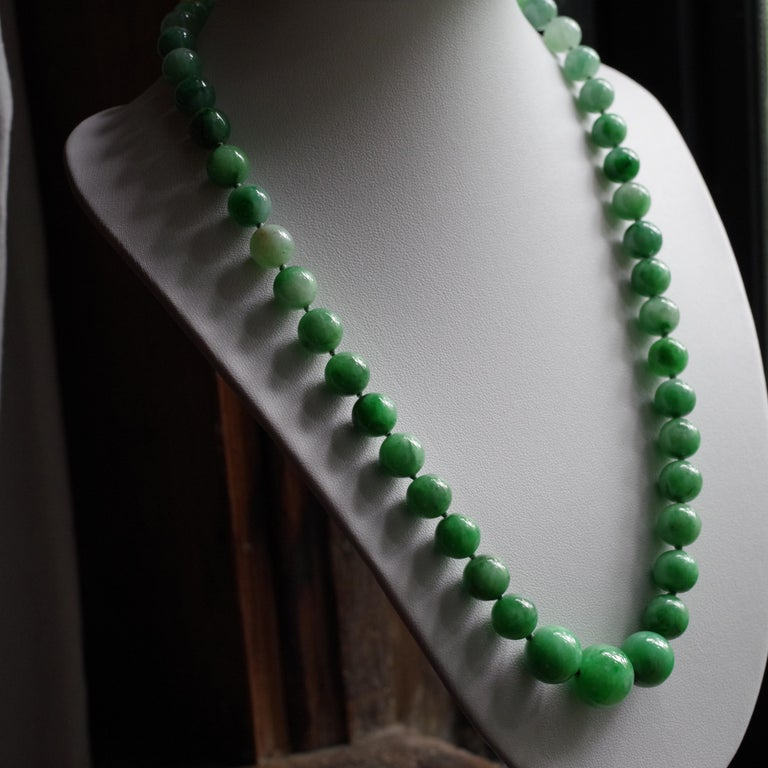 Certified Untreated Jade Necklace in Vivid Translucent Green For Sale 2