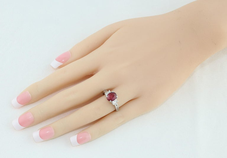 Contemporary Certified No Heat 2.01 Carat Oval Ruby Diamond Three-Stone Gold Ring For Sale