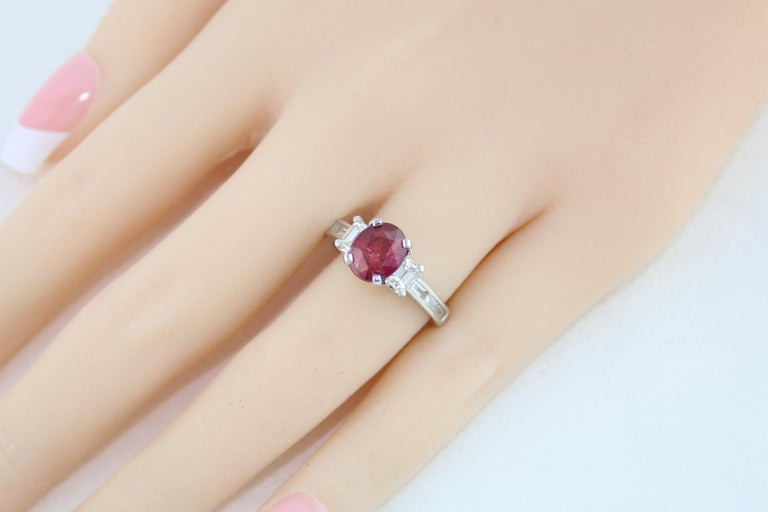 Certified No Heat 2.01 Carat Oval Ruby Diamond Three-Stone Gold Ring For Sale 1