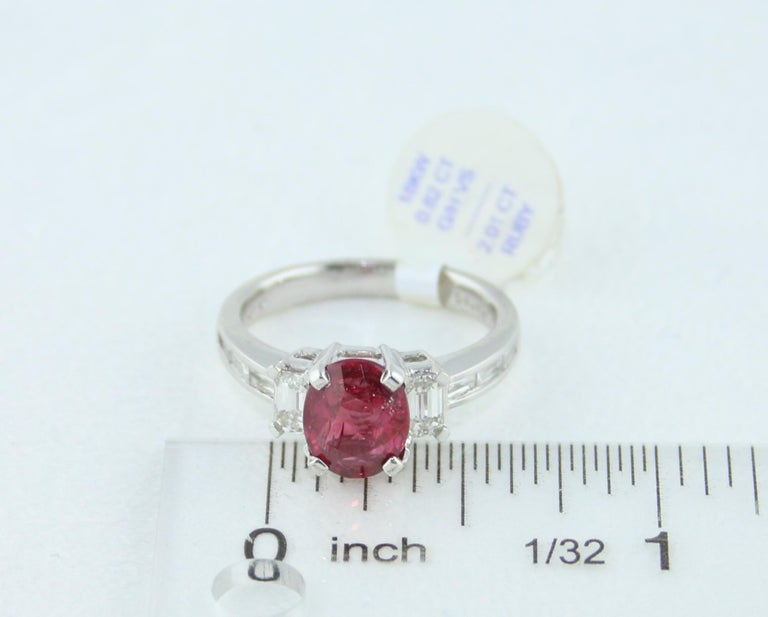 Certified No Heat 2.01 Carat Oval Ruby Diamond Three-Stone Gold Ring For Sale 2
