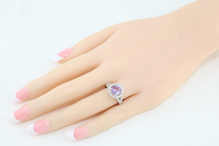 Contemporary Certified No Heat 2.18 Carat Round Pink Sapphire Diamond Gold Ring For Sale