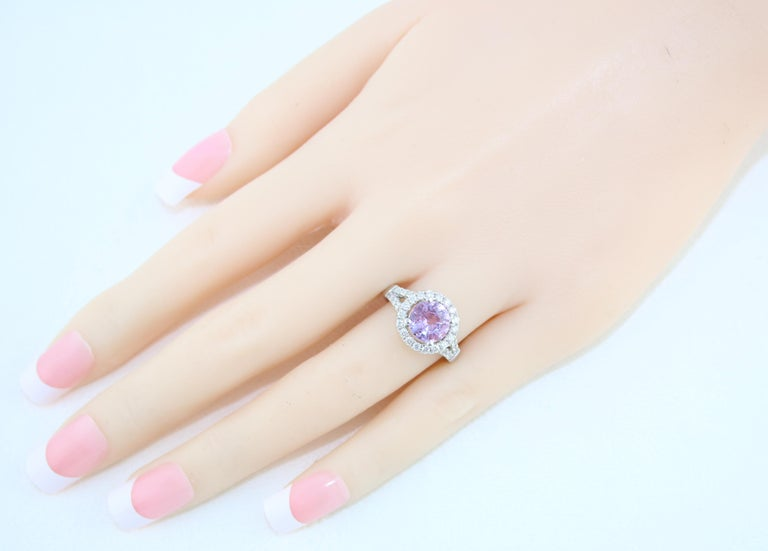 Certified No Heat 2.18 Carat Round Pink Sapphire Diamond Gold Ring For Sale 1