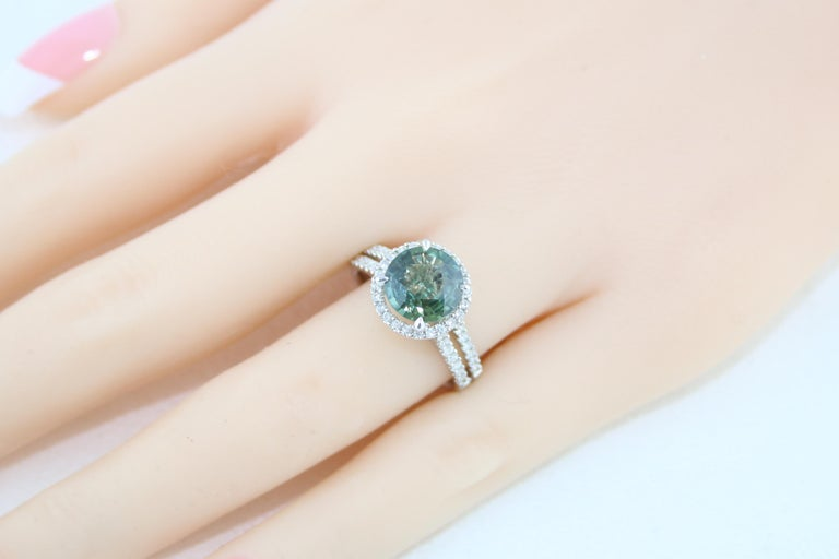 Certified No Heat 2.56 Carat Bluish Green Sapphire Diamond Gold Ring For Sale 1