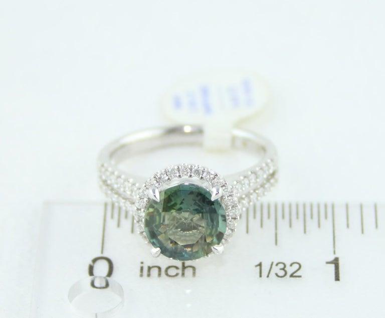 Certified No Heat 2.56 Carat Bluish Green Sapphire Diamond Gold Ring For Sale 2