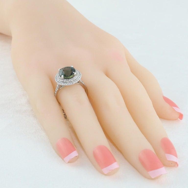 Women's Certified No Heat 5.27 Carat Bluish Green Sapphire Double Halo Diamond Gold Ring For Sale