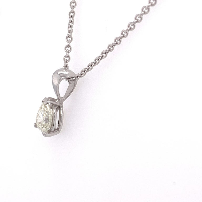 Certified Pear Shaped Diamond Pendant Necklace In New Condition In Miami, FL