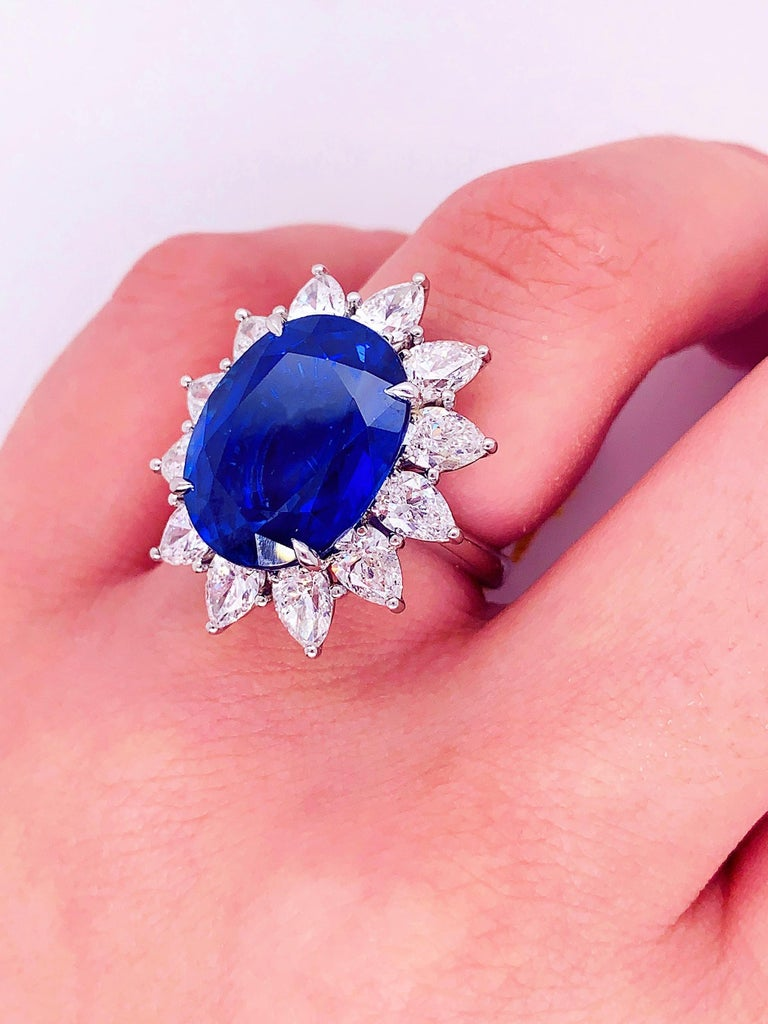 Certified Platinum Sapphire and Diamond Ring For Sale 2