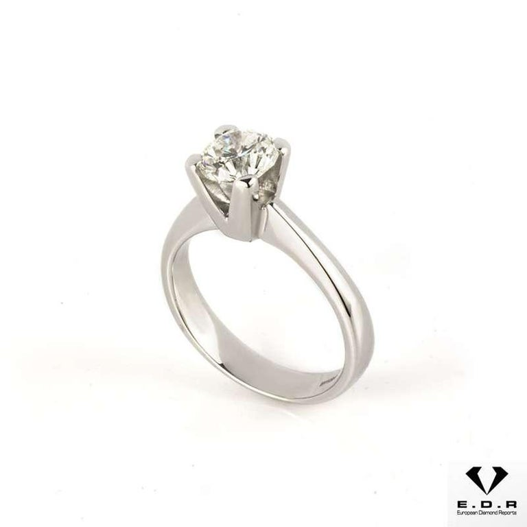 Round Cut Certified Round Brilliant Cut Diamond Engagement Ring 0.91 Carat For Sale