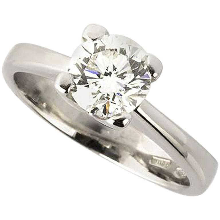 Certified Round Brilliant Cut Diamond Engagement Ring 0.91 Carat For Sale