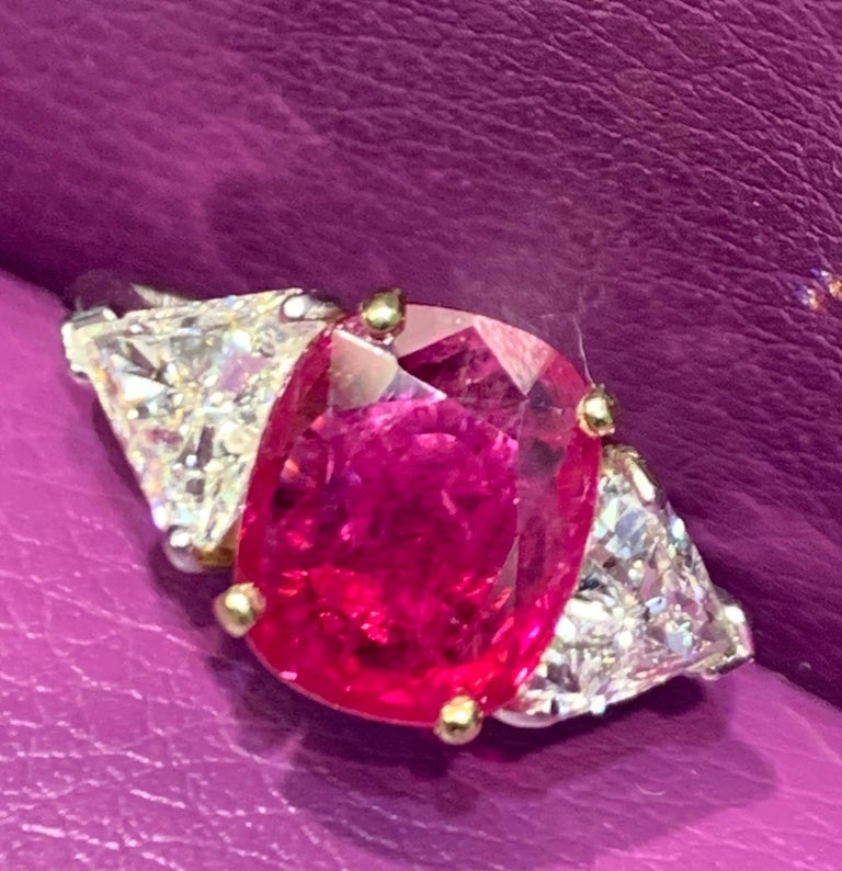 Certified Ruby and Diamond Three-Stone Ring In Excellent Condition For Sale In New York, NY
