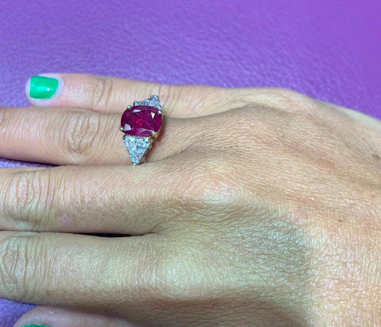 Certified Ruby and Diamond Three-Stone Ring For Sale 3