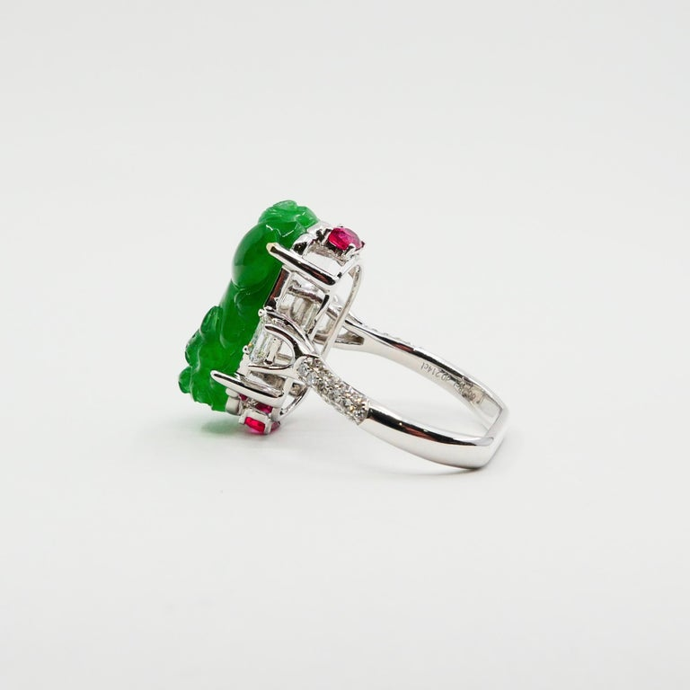 Certified Type A Jadeite Jade Spinel and Diamond Ring, Super Vivid Green Color In New Condition For Sale In Hong Kong, HK