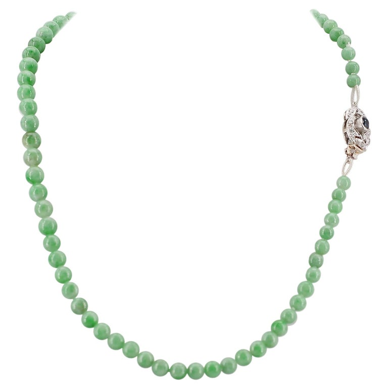 Certified Untreated Jade Necklace with Sapphire, Diamond and 18 Karat Gold Clasp For Sale