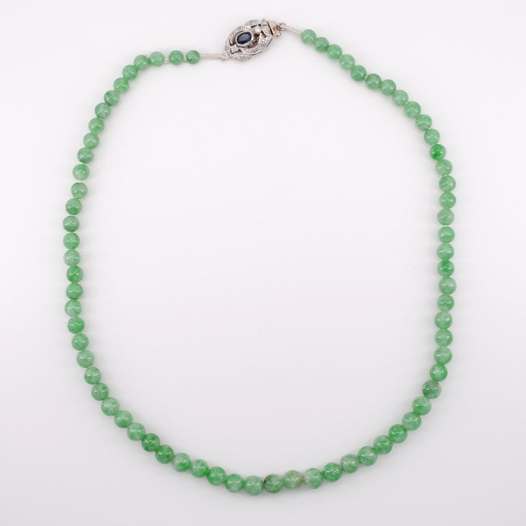 Certified Untreated Jade Necklace with Sapphire, Diamond and 18 Karat Gold Clasp In Excellent Condition For Sale In Southbury, CT