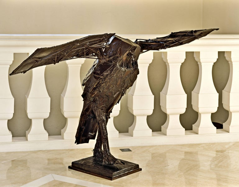 César Baldaccini Abstract Sculpture - Hibou Ailé