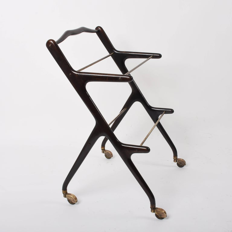 Cesare Lacca Midcentury Wood and Glass Italian Trolley Bar Cart, 1950s In Good Condition For Sale In Roma, IT