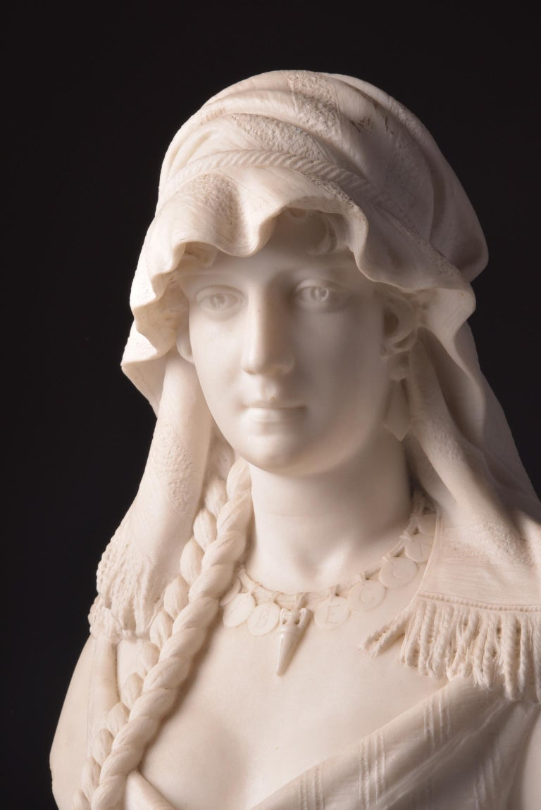 An impressive, high-quality marble female bust with many fine details. Attributed to Cesare Lapini (1848-na 1890), the statue is not signed. Dimensions: 65 x 40 x 25 cm, weight 40 kg  This bust is very heavy.