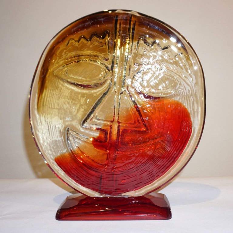 Italian Cesare Toso 1970s Pair of Abstract Red and Amber Murano Art Glass Round Faces For Sale