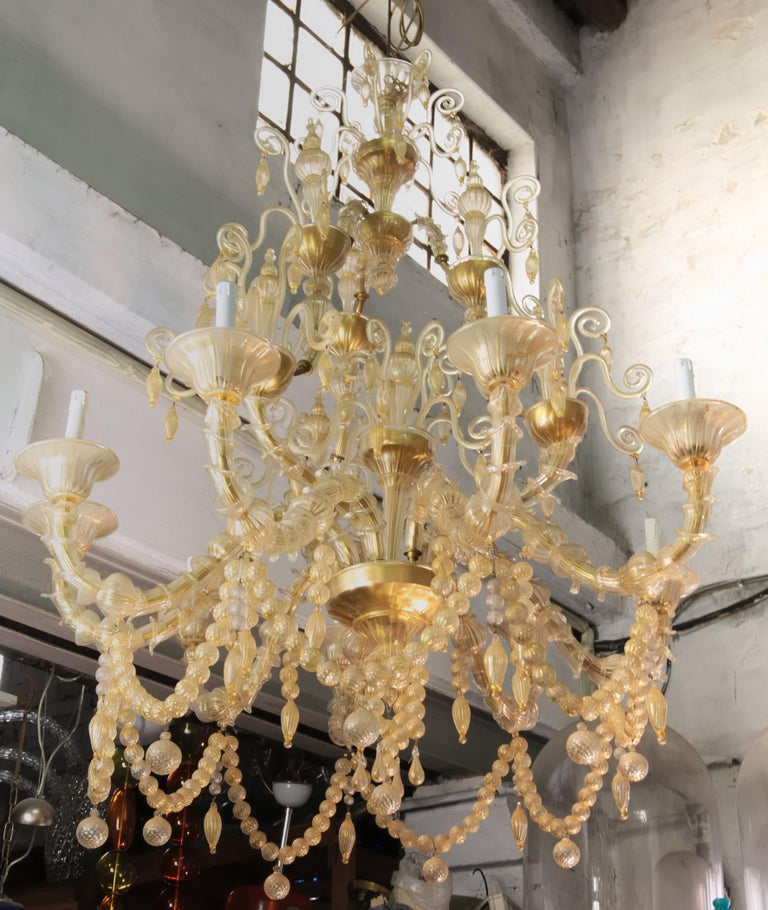 Hand-Crafted Cesare Toso Pearl Rezzonico Chandelier 9 Arms All in Gold Leaf over Clear, 1980s For Sale