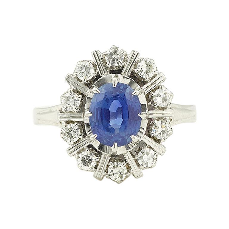 Ceylan Sapphire Diamonds 18 Karat White Gold Pompadour Ring For Sale