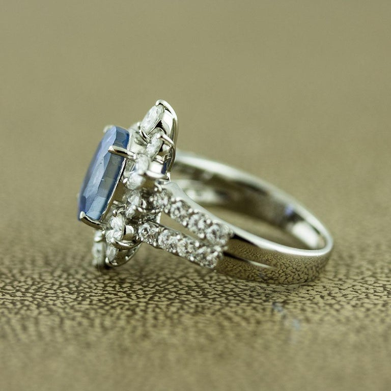 Ceylon No-Heat Blue Sapphire Diamond Platinum Ring, GIA Certified In New Condition For Sale In Beverly Hills, CA