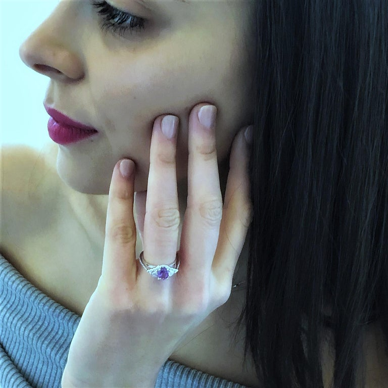 No Heat Ceylon Pink Sapphire Diamond Cocktail Ring GIA Certified  In New Condition For Sale In New York, NY