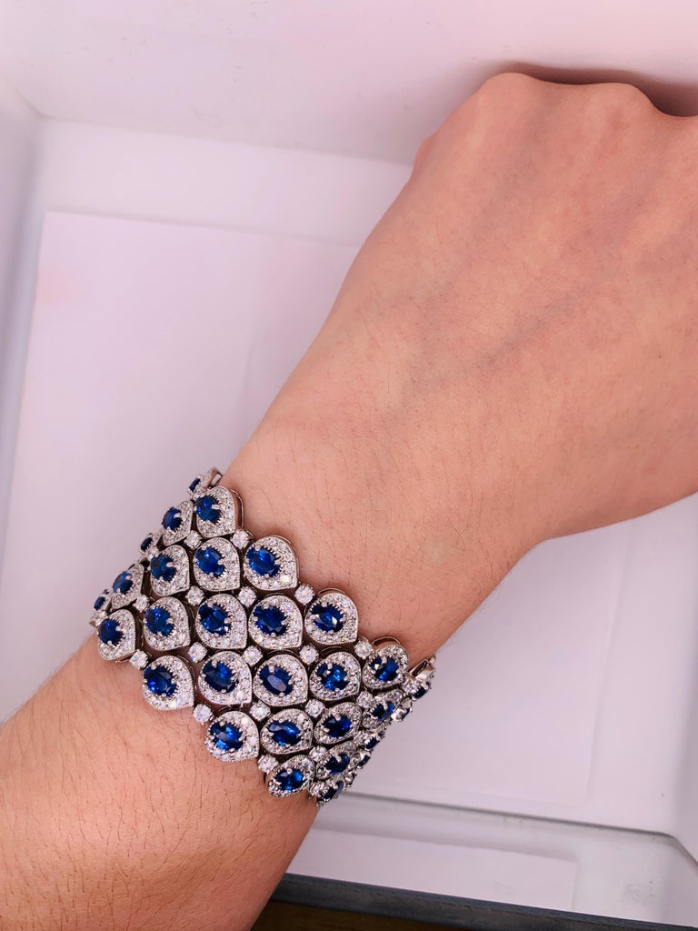 Ceylon Sapphire and Diamond Bracelet In New Condition For Sale In New York, NY