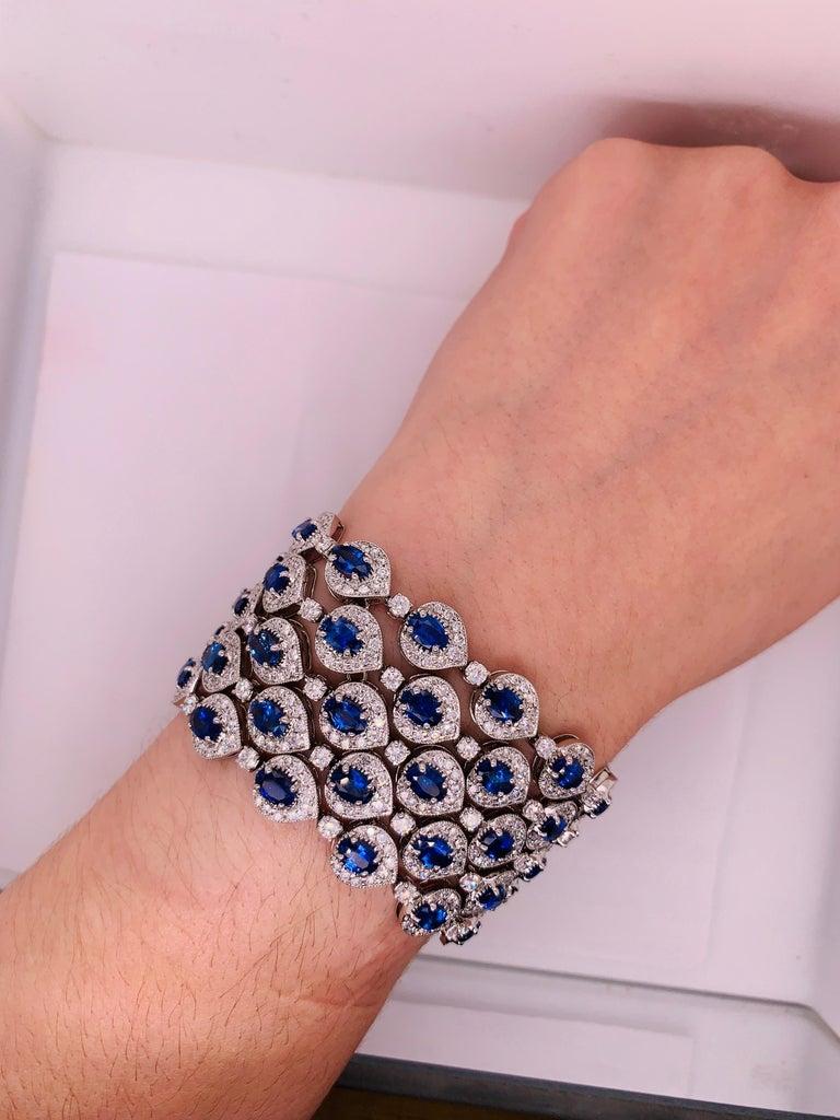 Women's Ceylon Sapphire and Diamond Bracelet For Sale