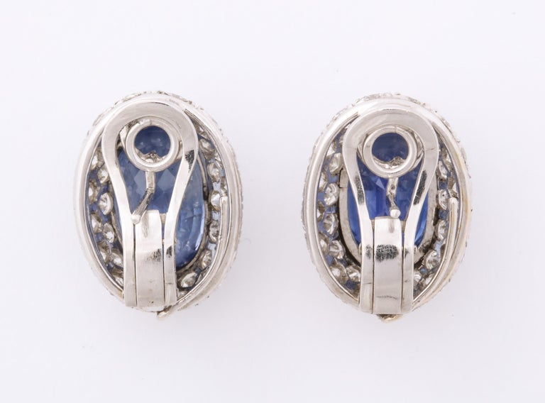 Ceylon Sapphire Diamond Platinum Earrings In Good Condition For Sale In New York, NY