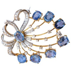 Ceylon Sapphires 18 Carat and Diamonds 2 Carat Brooch 18 Karat Gold Platinum