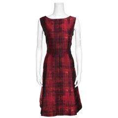 CH Carolina Herrera Red and Black Abstract Pattern Jacquard Sheath Dress L