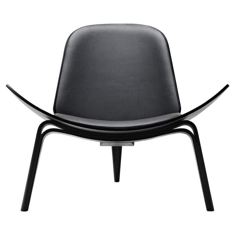 For Sale: Black (Thor 301) CH07 Shell Chair in Oak Painted Black with Foam Seat by Hans J. Wegner