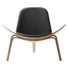 CH07 Shell Chair in Oak White Oil & DivinaMelange 180 Fabric by Hans J. Wegner