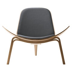 CH07 Shell Chair in Oak White Oil with Foam Seat by Hans J. Wegner