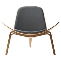 CH07 Shell Chair in Oiled Oak with Foam Seat by Hans J. Wegner