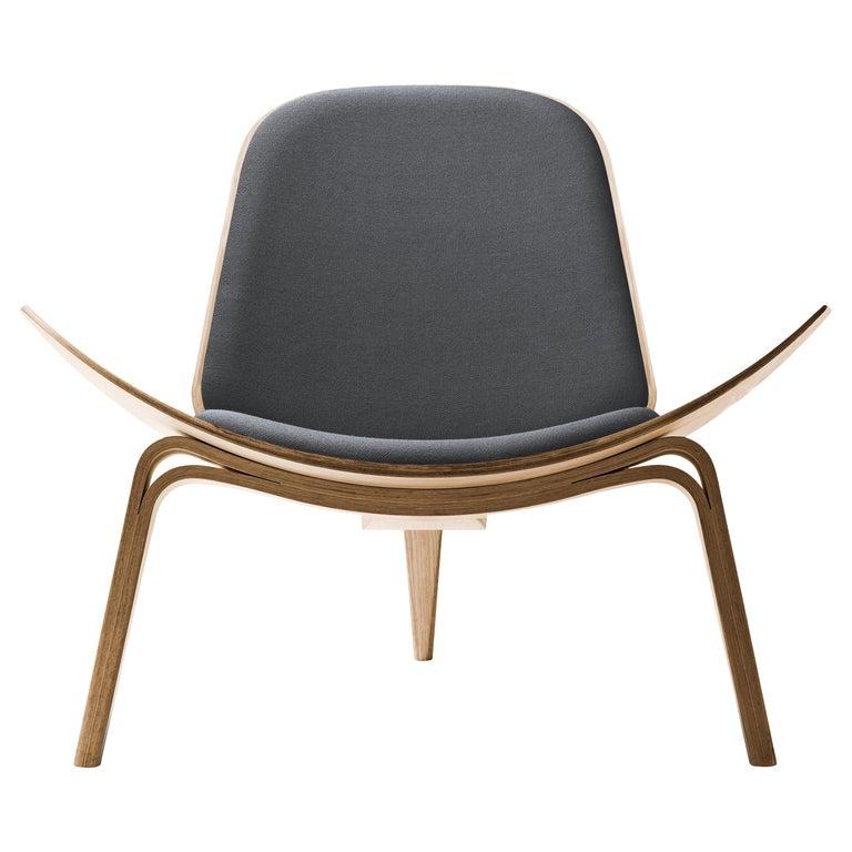 For Sale: Gray (Kvadrat Fiord 171) CH07 Shell Chair in Oiled Oak with Foam Seat by Hans J. Wegner