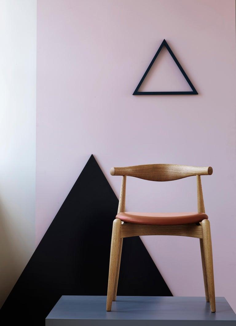 CH20 Elbow Chair in Oak Painted Black by Hans J. Wegner For Sale 2