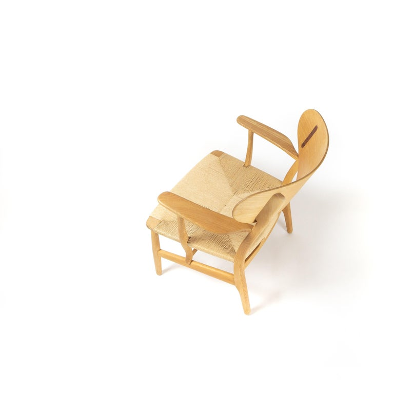 Mid-Century Modern CH22 Lounge Chair by Hans Wegner for Carl Hansen, Denmark For Sale