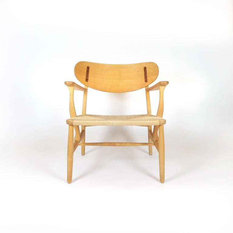 Danish CH22 Lounge Chair by Hans Wegner for Carl Hansen, Denmark For Sale