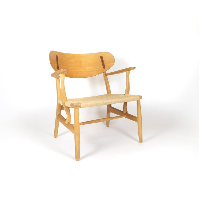 Hand-Knotted CH22 Lounge Chair by Hans Wegner for Carl Hansen, Denmark For Sale