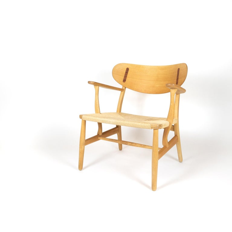 Beech CH22 Lounge Chair by Hans Wegner for Carl Hansen, Denmark For Sale