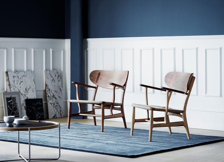 CH22 Lounge Chair in Wood with Natural Papercord Seat by Hans J. Wegner For Sale 9