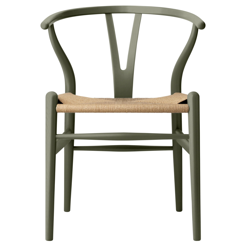 CH24 Wishbone Chair in Oak / Seaweed by Hans J. Wegner & Ilse Crawford