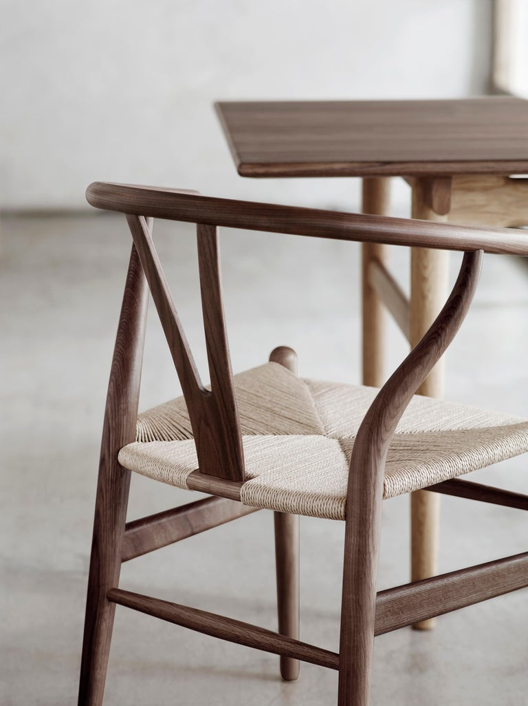 CH24 Wishbone Chair in Wood Finishes with Black Papercord Seat by Hans J. Wegner For Sale 24