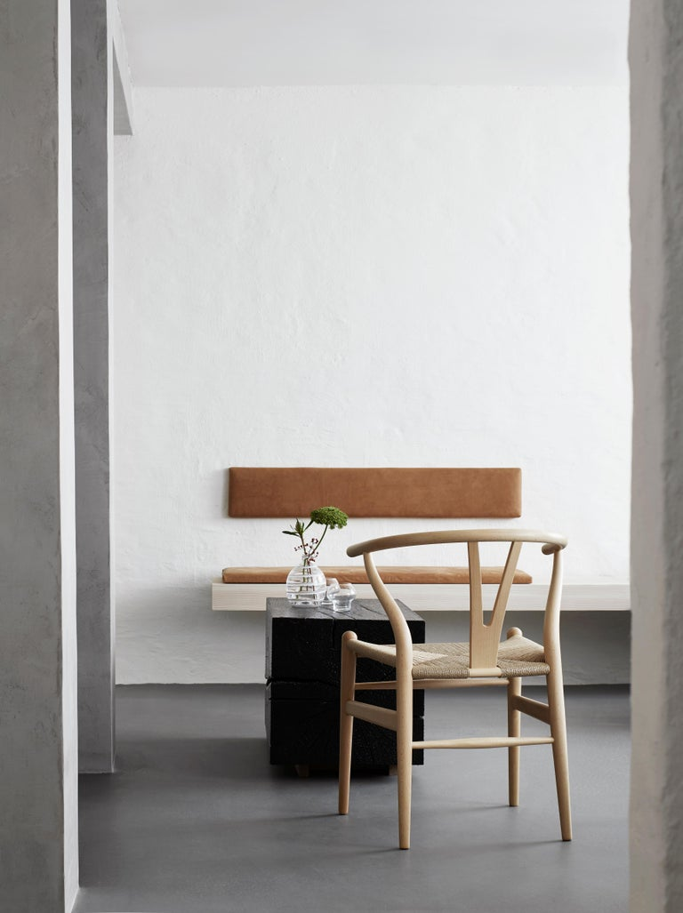 CH24 Wishbone Chair in Wood Finishes with Black Papercord Seat by Hans J. Wegner For Sale 28